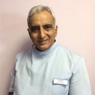 Dr Jayesh L Soneji BDS MFGDP (UK)